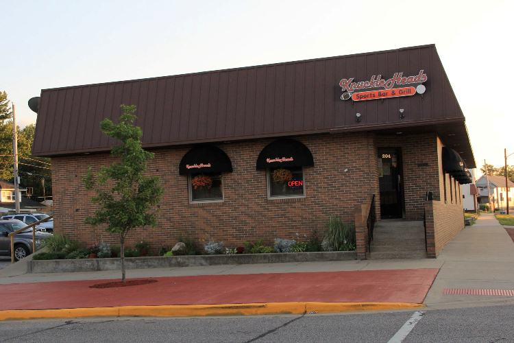 Knuckleheads Sports Bar &  Grill